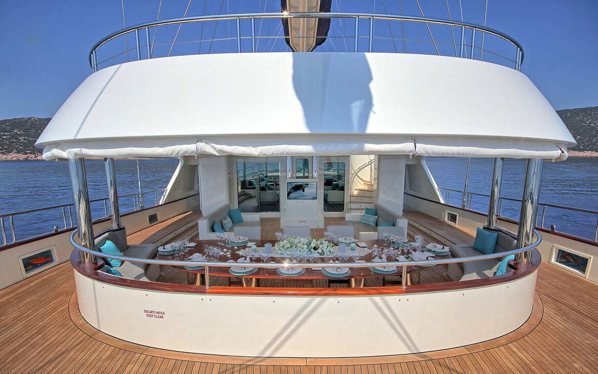 Sailing Yacht Meira deck