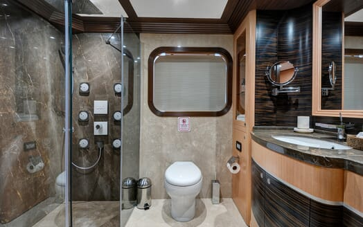 Sailing Yacht Meira washroom