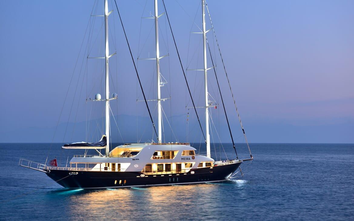 Sailing Yacht Meira underway