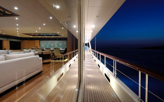 Sailing Yacht Meira side deck