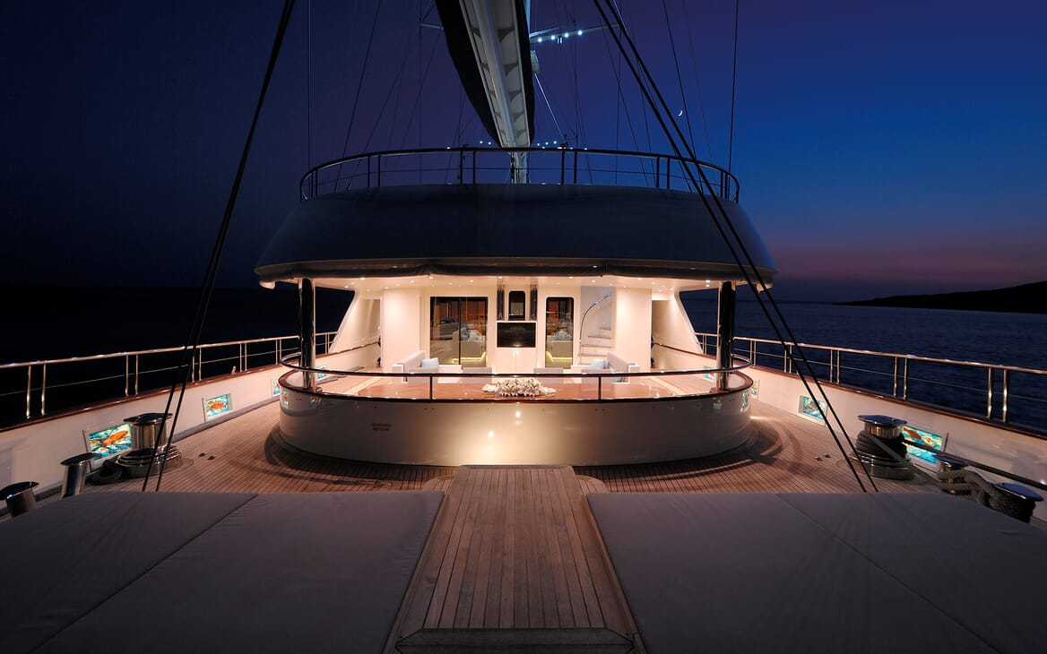 Sailing Yacht Meira foredeck