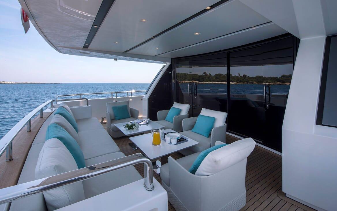 Motor Yacht SABBATICAL Main Aft Deck Seating