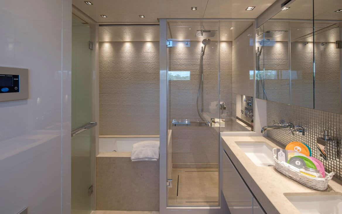 Motor Yacht SABBATICAL Master Bathroom