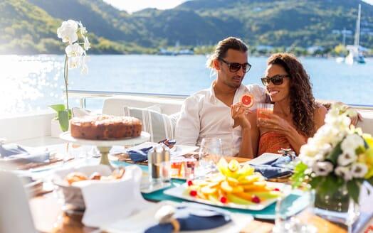 Motor Yacht KING BABY Lifestyle Al Fresco Dining
