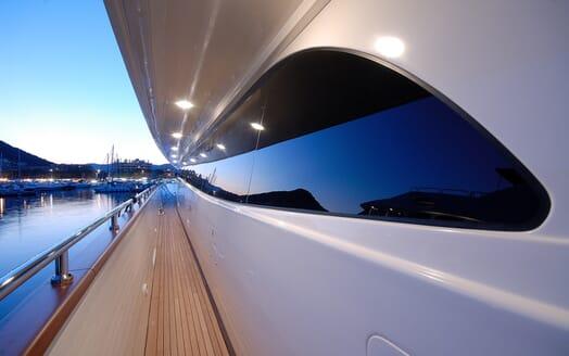 Motor Yacht Ermitage Walkway