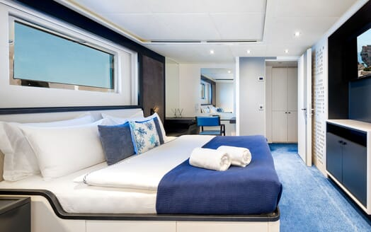 Motor Yacht SERENITAS VIP Double Stateroom