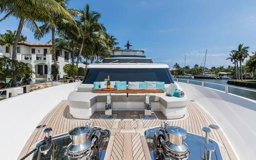 Motor Yacht Freddy foredeck