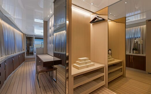 Motor Yacht Freddy interior design