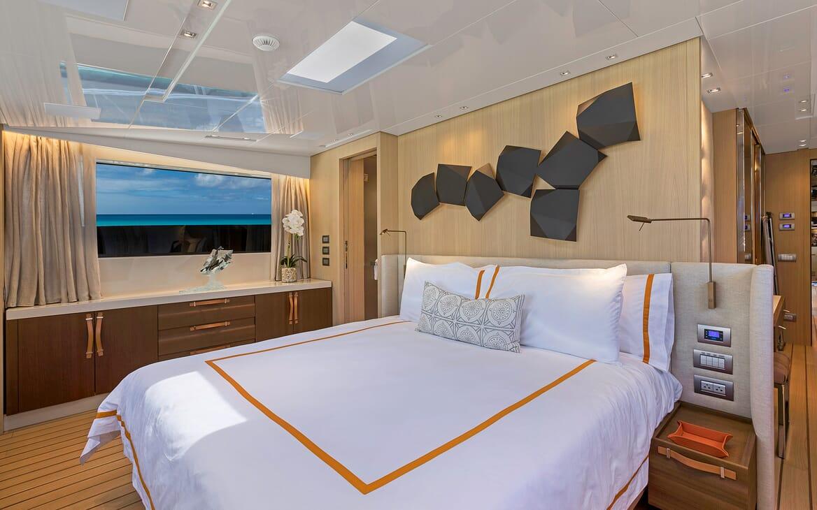 Motor Yacht Freddy stateroom
