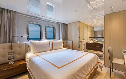 Motor Yacht Freddy double cabin