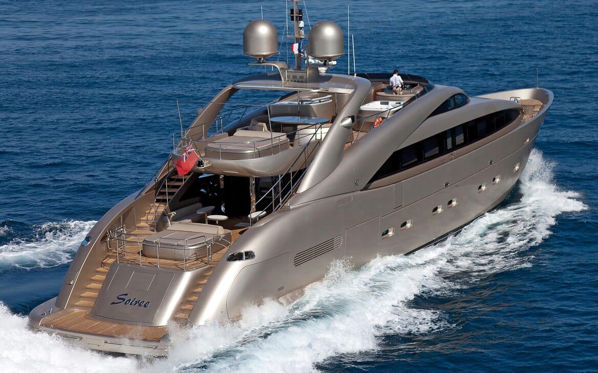 Motor Yacht Soiree running shot