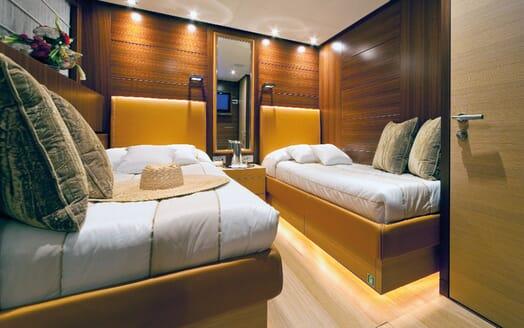 Motor Yacht Soiree twin cabin