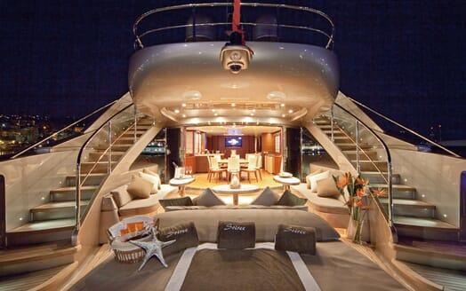 Motor Yacht Soiree main deck