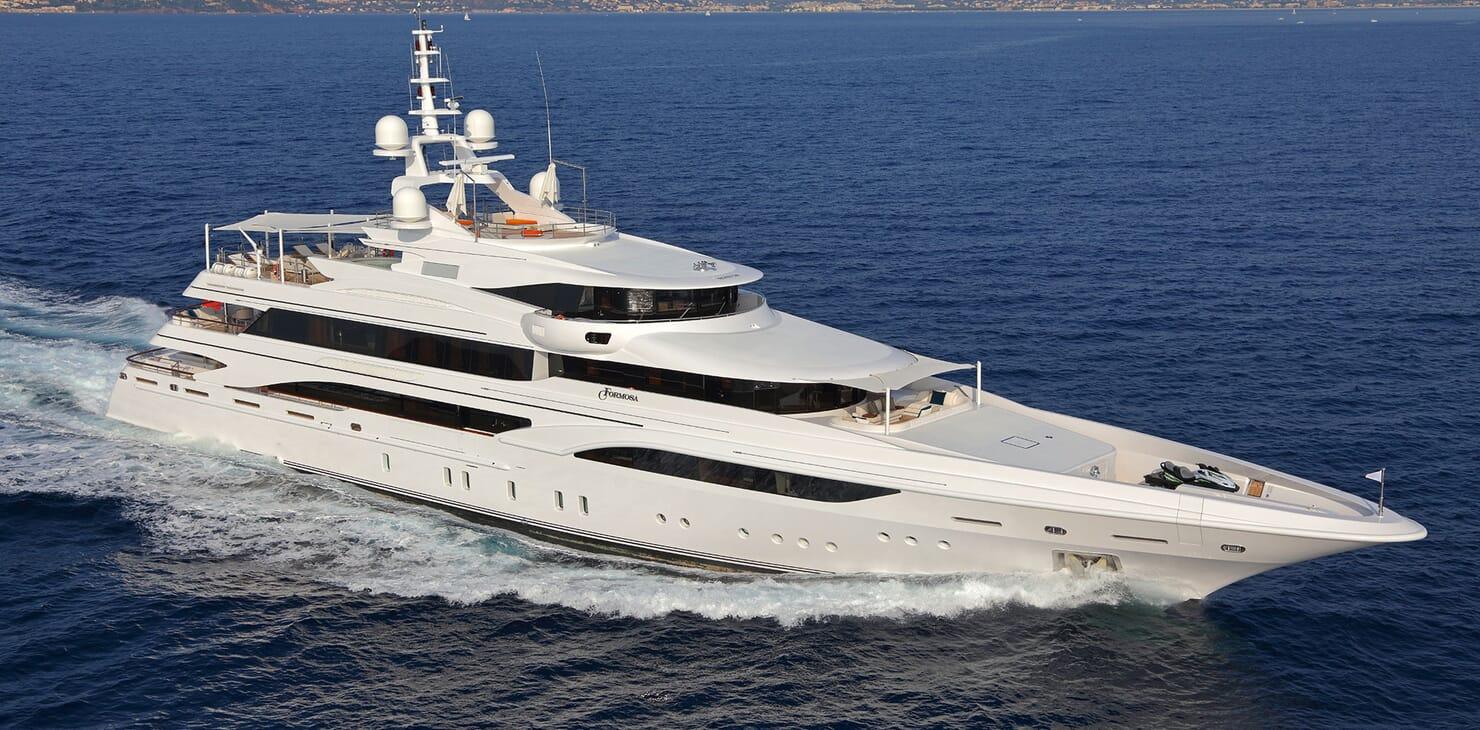 Motor yacht FORMOSA hero shot on water