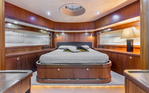 Motor Yacht Octavia master cabin