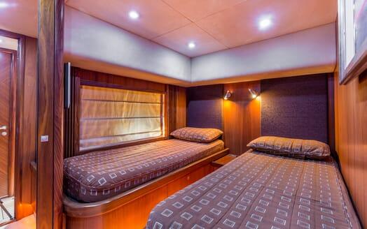 Motor Yacht Octavia twin cabin