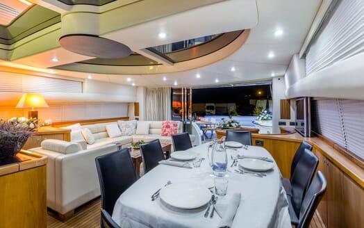 Motor Yacht Octavia dining area