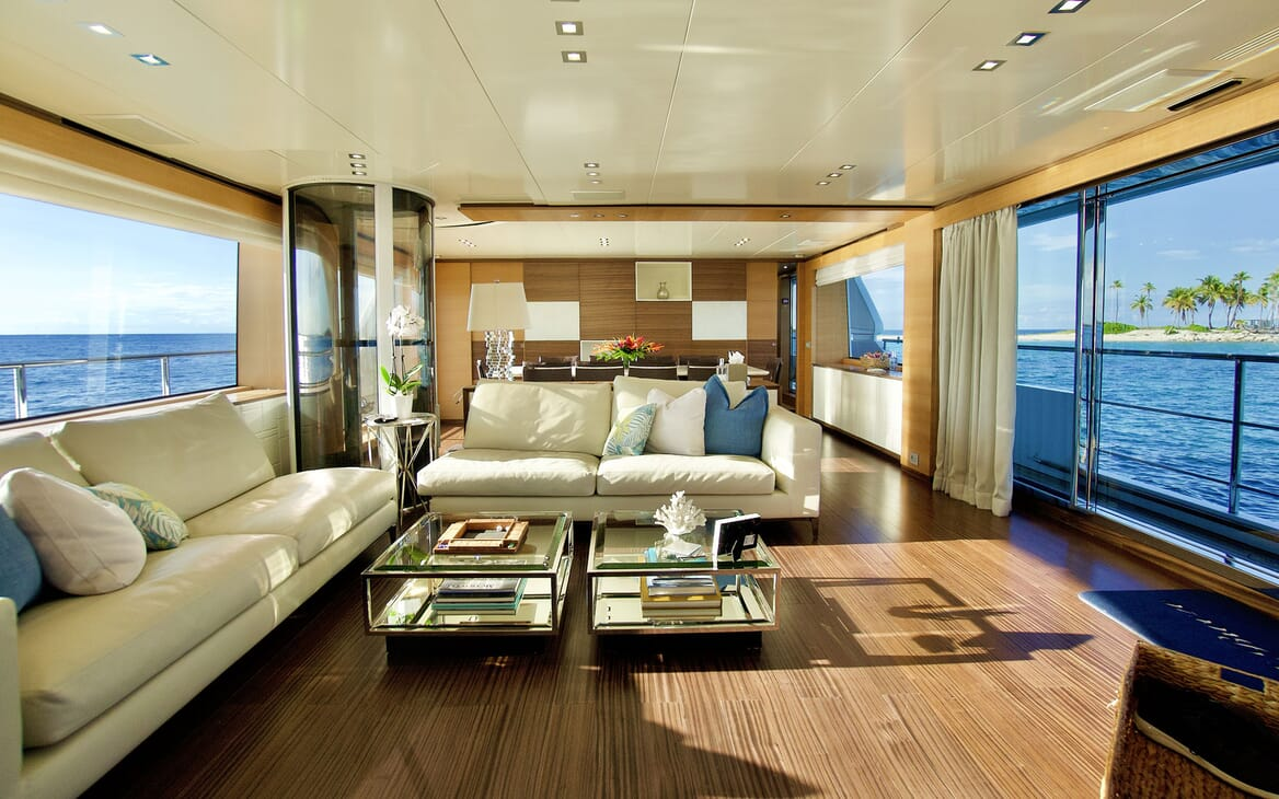 Motor Yacht COOL BREEZE Main Salon and Dining Table