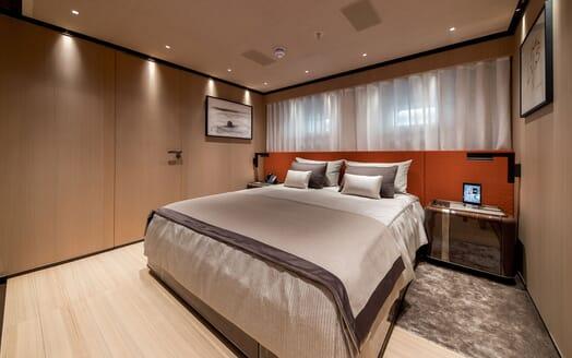 Motor Yacht VERTIGE Guest Double Stateroom