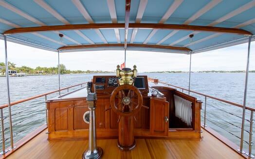 Motor Yacht Nymph helm