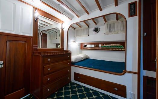 Motor Yacht Nymph VIP cabin