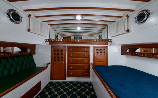 Motor Yacht Nymph stateroom