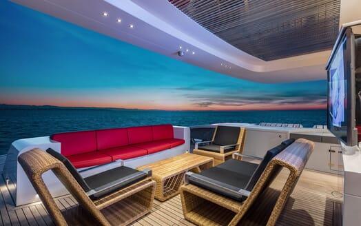 Motor Yacht EUPHORIA Main Aft Deck Seating