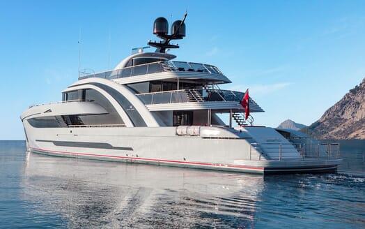 Motor Yacht EUPHORIA Exterior Aft View
