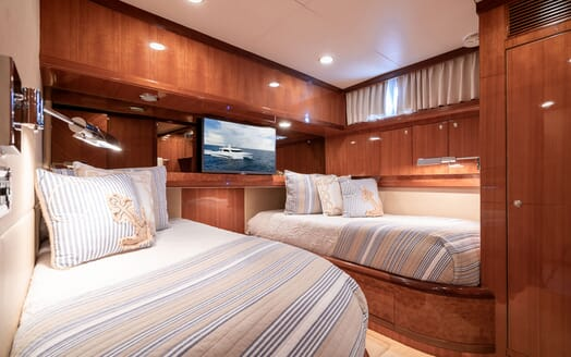 Motor Yacht ENCHANTRESS Twin Guest Stateroom