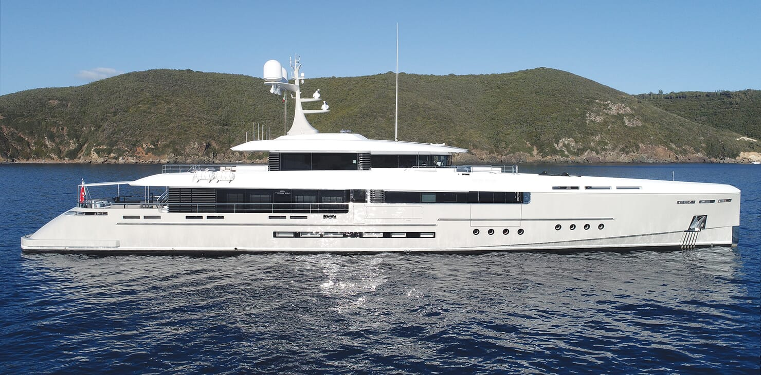 Motor Yacht Endeavour 2