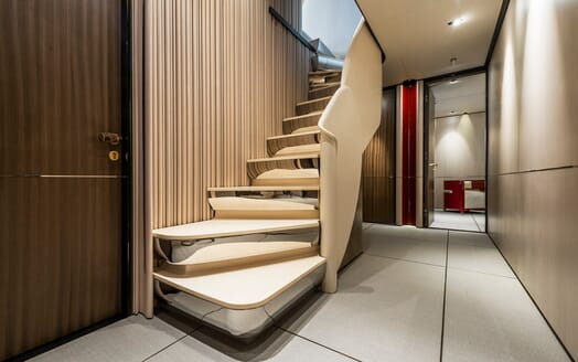 Motor Yacht Endeavour 2 stairwell
