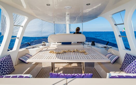 Sailing Yacht Ombre Blu 3 sundeck