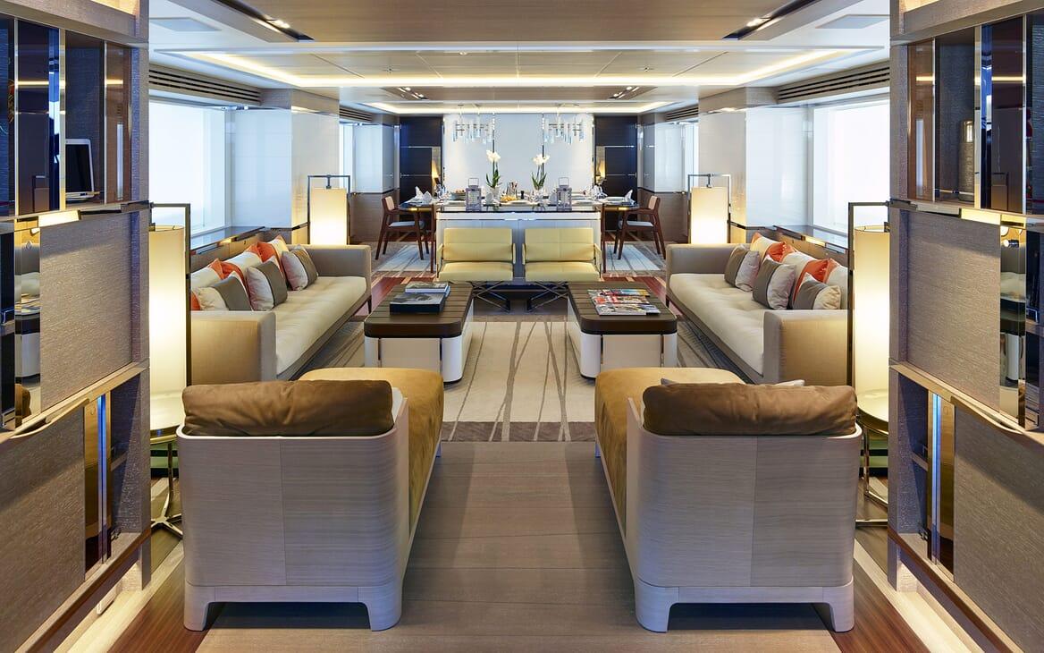Motor Yacht Asya salon
