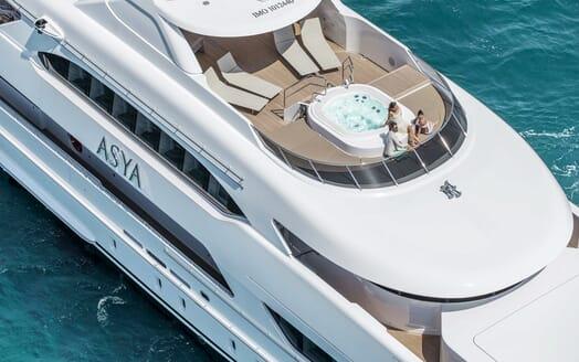 Motor Yacht Asya exterior