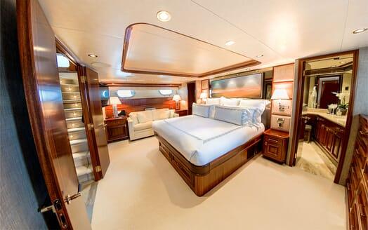 Motor Yacht LADY JJ Master Stateroom