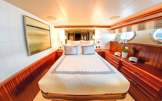 Motor Yacht LADY JJ Double Guest Stateroom