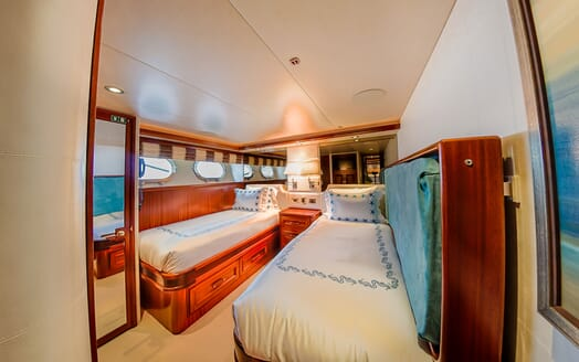 Motor Yacht LADY JJ Twin Guest Stateroom