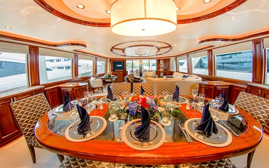 Motor Yacht LADY JJ Main Saloon Dining Table