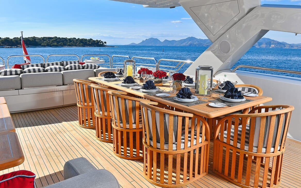 Motor Yacht EMOJI Sun Deck Dining Setup