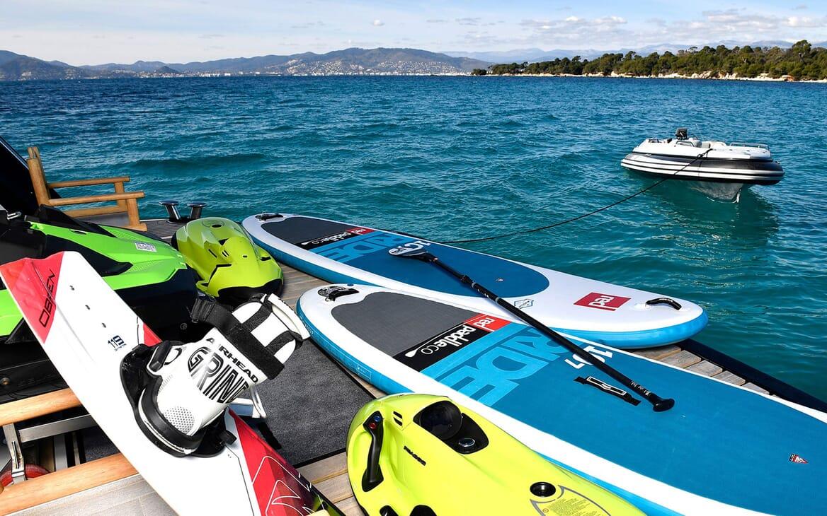 Motor Yacht EMOJI Tender and Toys