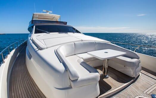 Motor Yacht Igele foredeck