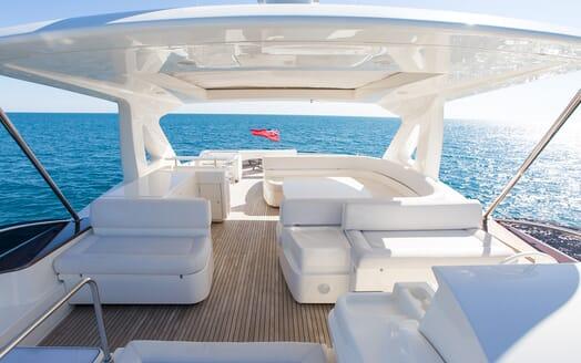 Motor Yacht Igele sundeck