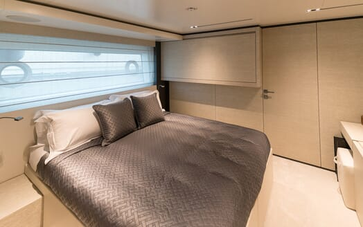 Motor Yacht December Six double cabin