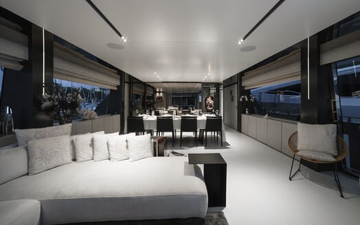 Motor Yacht December Six interior