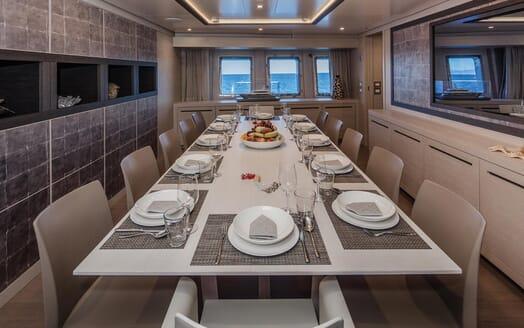 Motor Yacht Otam dining area