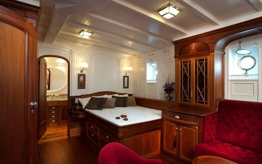 Sailing Yacht Atlantic master cabin