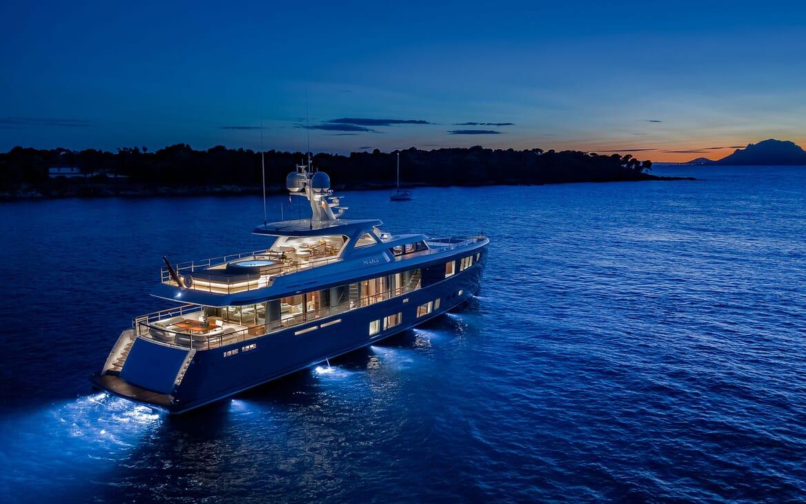 Motor Yacht MANA Exterior Evening Aft