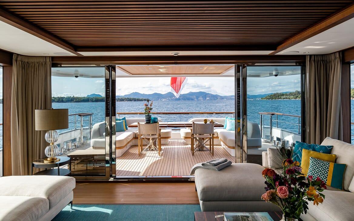Motor Yacht MANA Main Deck Salon to Aft Deck
