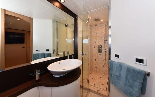 Motor Yacht JUST MINE Master Bathroom