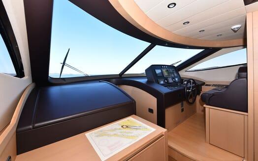 Motor Yacht JUST MINE Wheelhouse